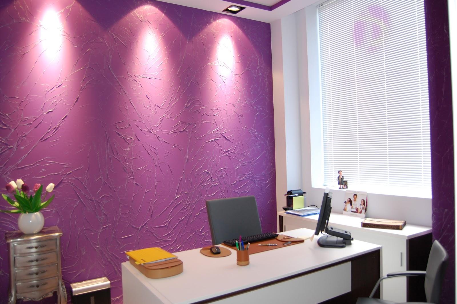 Tu pared es arte un bufete de abogados nada convencional for Muebles para despacho de abogados