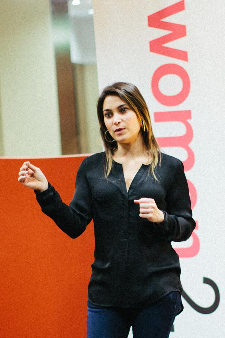 Tina Hay founder of startup CardBlanc