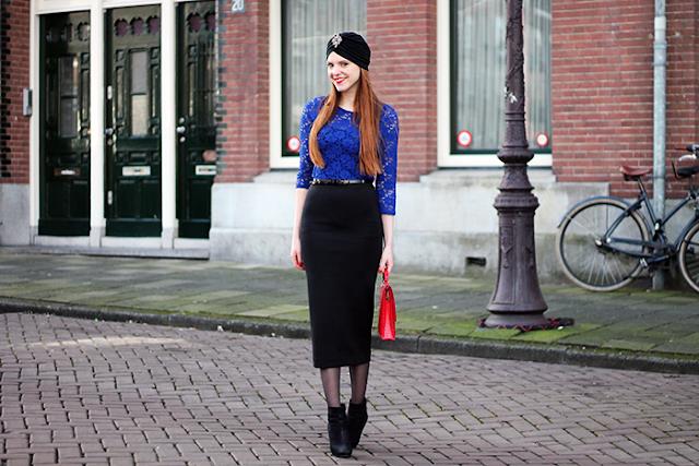 Dutch fashion blogger Amsterdam cobalt blue turban red lipstick hair midi pencil skirt