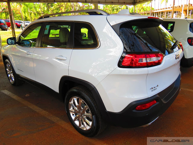 Jeep Cherokee 2015 Limited - Branco