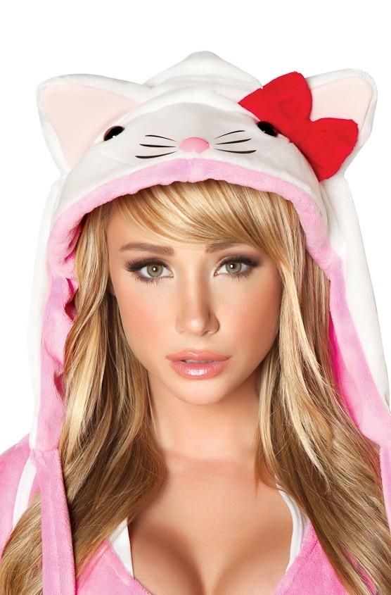 close up shot of  Sara Jean Underwood in J. Valentine 2012 catalog