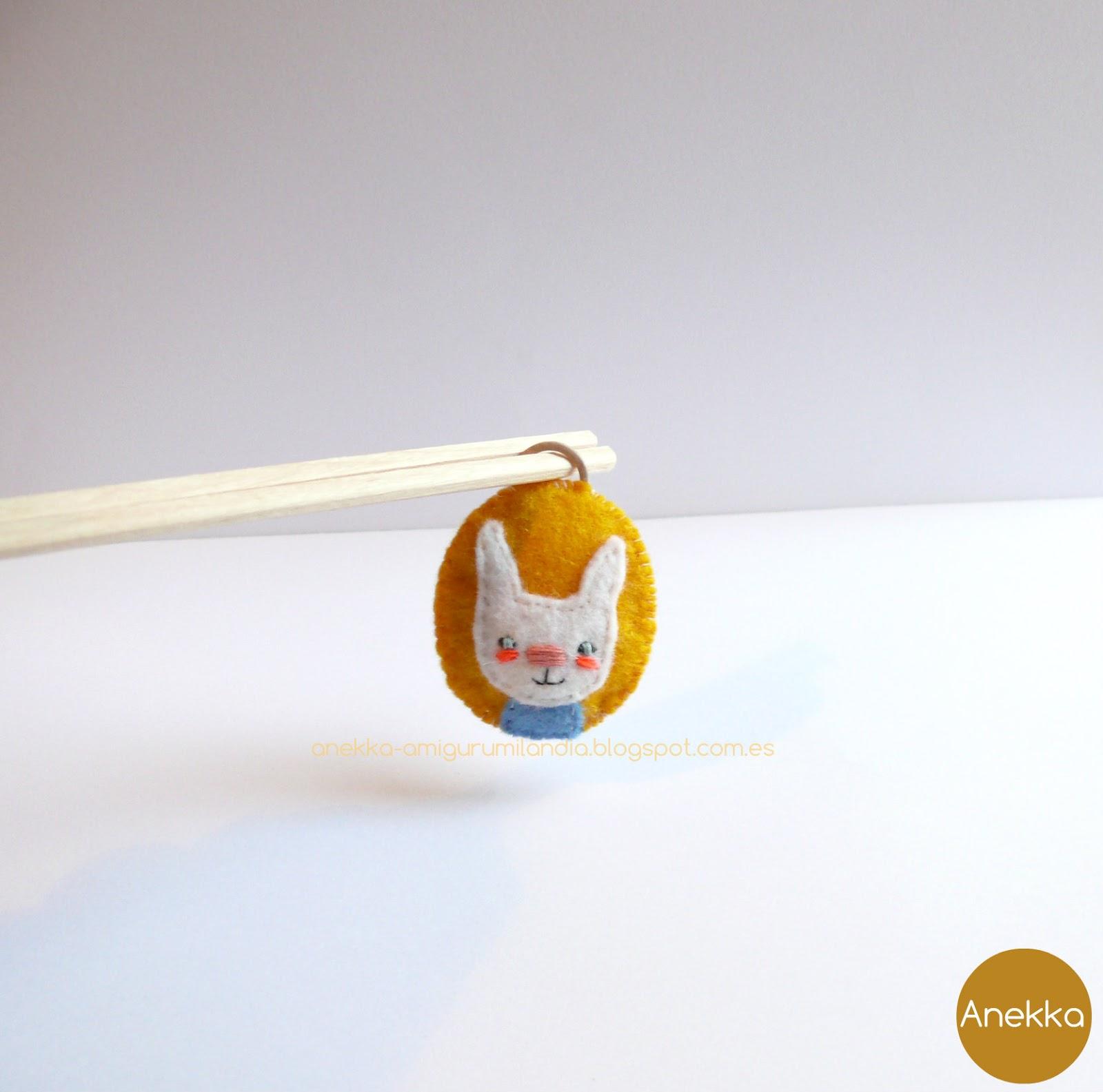 bunny  brooch anekka handmade