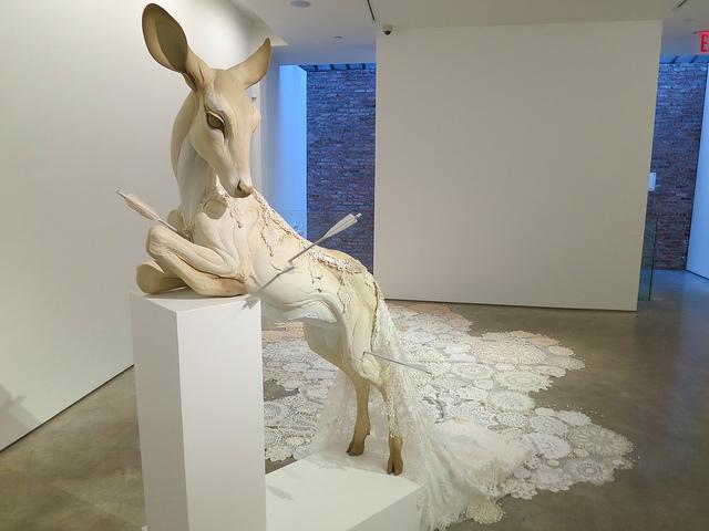 Beth Cavener Stichter, Deer