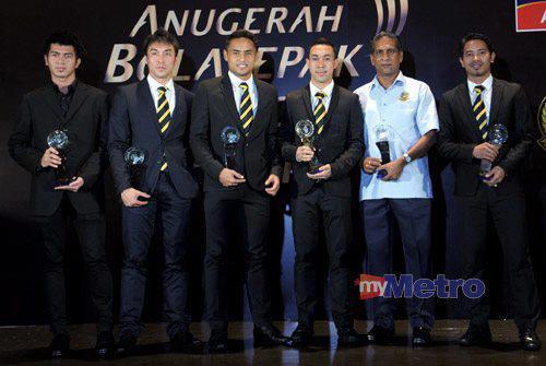 Keputusan Anugerah Bola Sepak Kebangsaan 2012