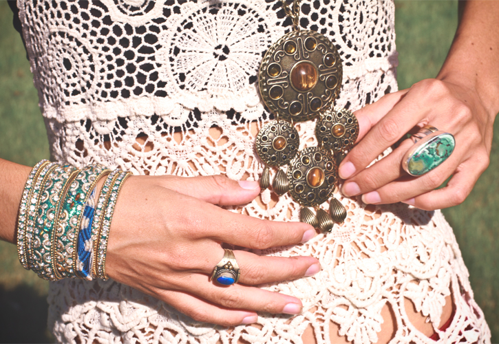 Ethnic accessories, ethnic jewellery, indian bangles, nepal ring, arabic necklace, jaipur ring, turquoise ring, Bohemian style, ethnic fashion, bohemian meets ethnic, crochet top,