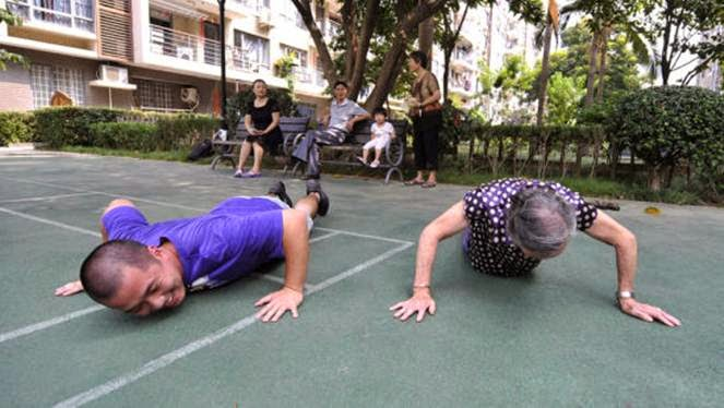 nenek jago pushup