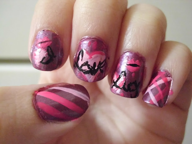 na-na-nail design love lucy