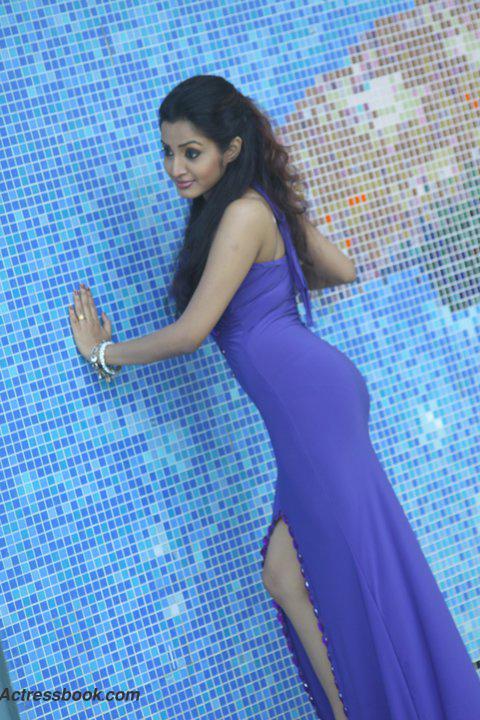 Madhavi Kaushalya Sri Lankan Hot Model and TV Presenter Latest Photo Shoot Gallery glamour images