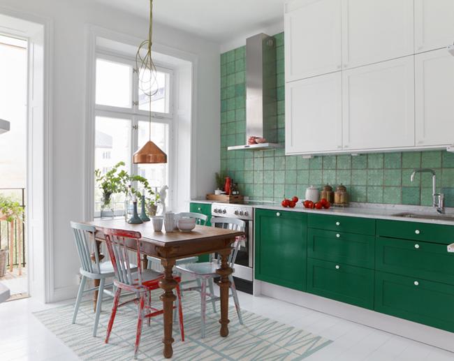 cocinas frescas y dulces -comedor de cocina pequeño mesa y sillas vintage