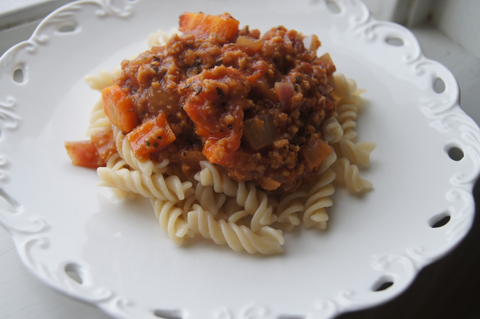 easy spaghetti bolognese recipe so simple spaghetti bolognese bbc good ...