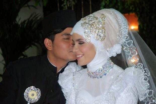 Indra Bekti menikah dengan Aldila Jelita