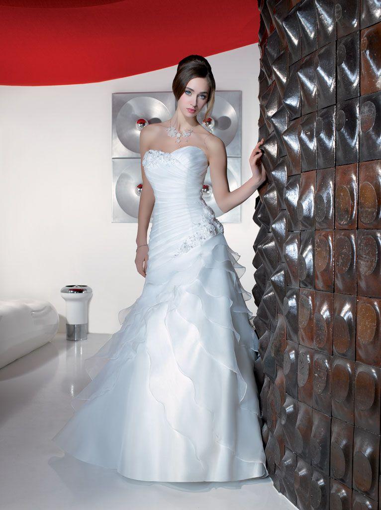 Les robes de mariée Just For You comme leur nom l'indique sont ...