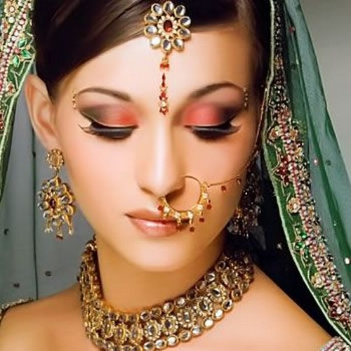 Beautiful Bridal Eye Makeup : Indian Beauty Central: BRIDAL EYE MAKEUP CONTEST (3 Dec to ...