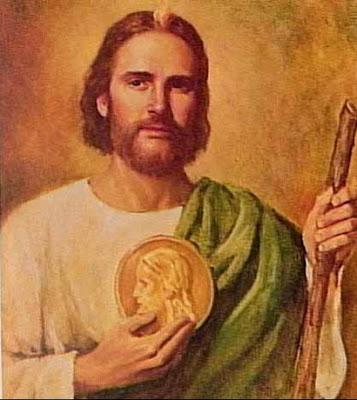 San Judas con sus simbolos el medallon y el garrote