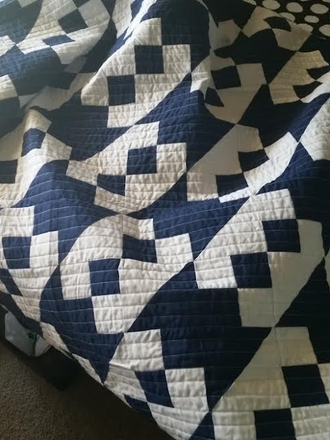 Free Quilt Pattern For Jacob S Ladder : Lets Quilt Something: 2015 Finished Quilt - Jacobs Ladder Remix