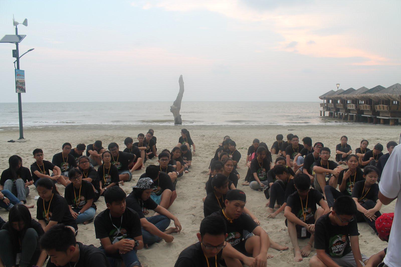 2015年我爱旅游饥饿30沙滩营会 - Morib GoldCoast