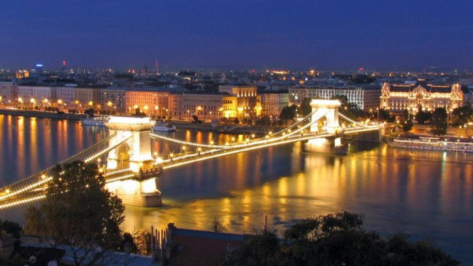 Bridges Bridges Budapest