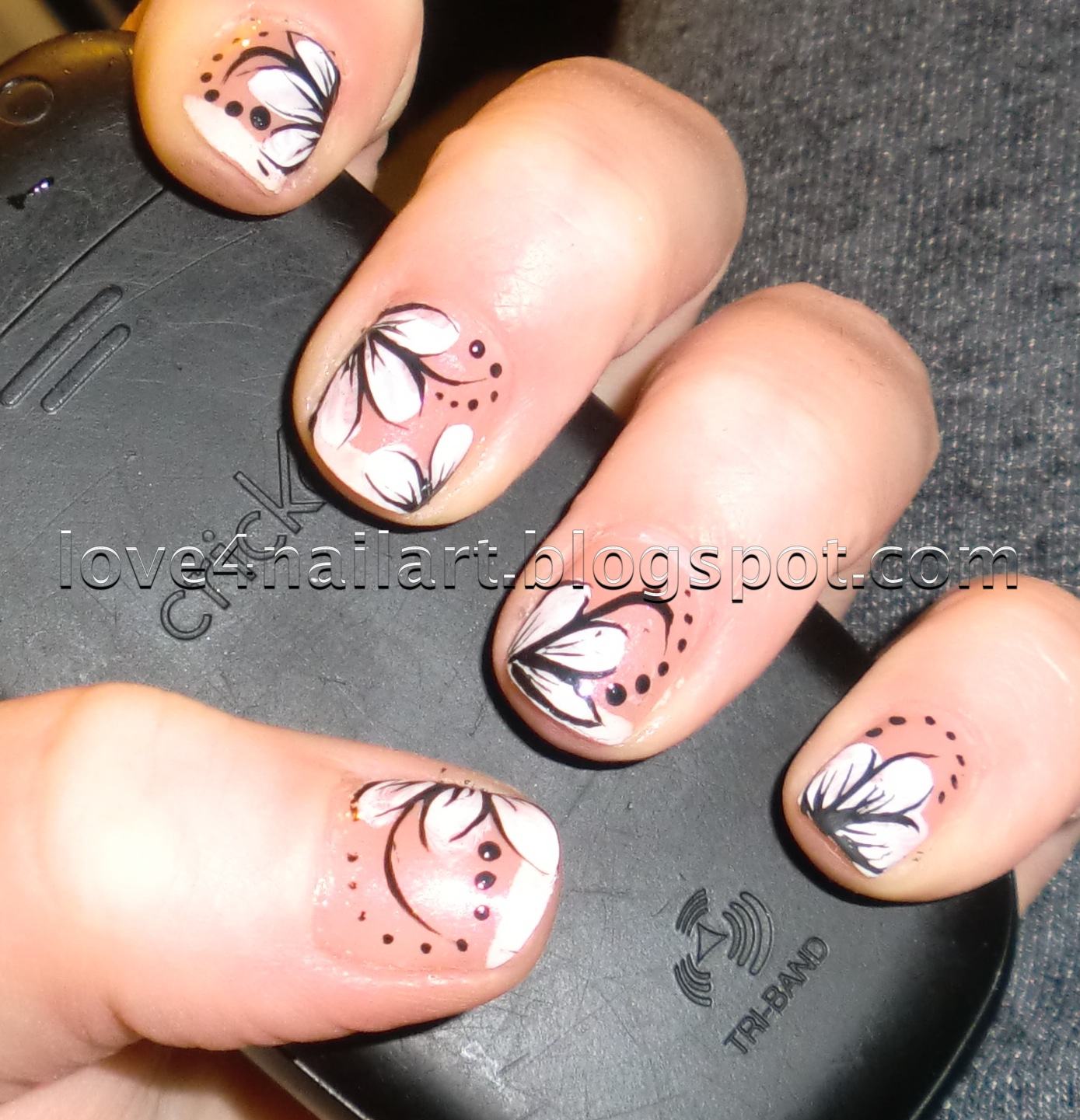 Black White Flower Nail Design