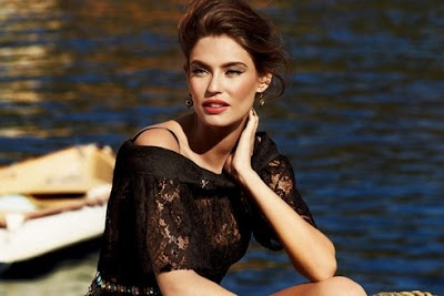 Bianca Balti Model Busana terpanas