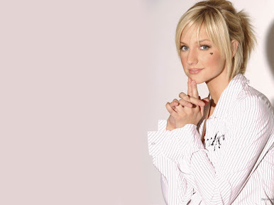Ashlee Simpson High Definition Wallpaper