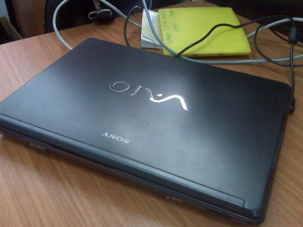 SOLD Sony VAIO Core 2 Duo RAM 2 Gb Harga Rp 2jt An