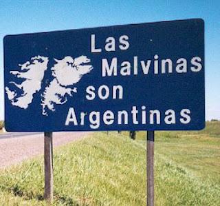 José Eduardo dos Santos apoia Argentina no diferendo sobre ilhas Malvinas