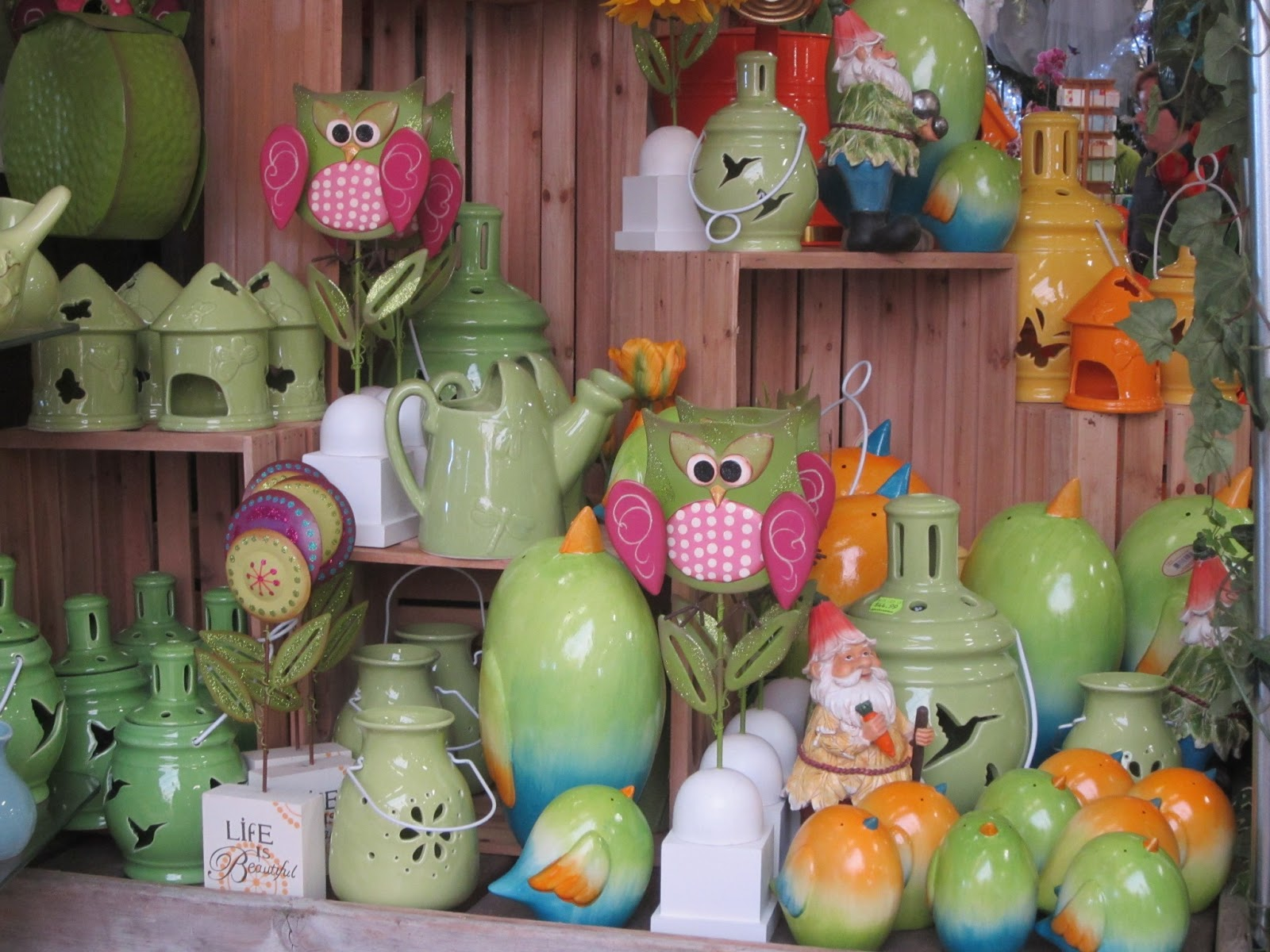 Outdoor easter decorations - Photo By Claire Jefford At The Garden Gallery