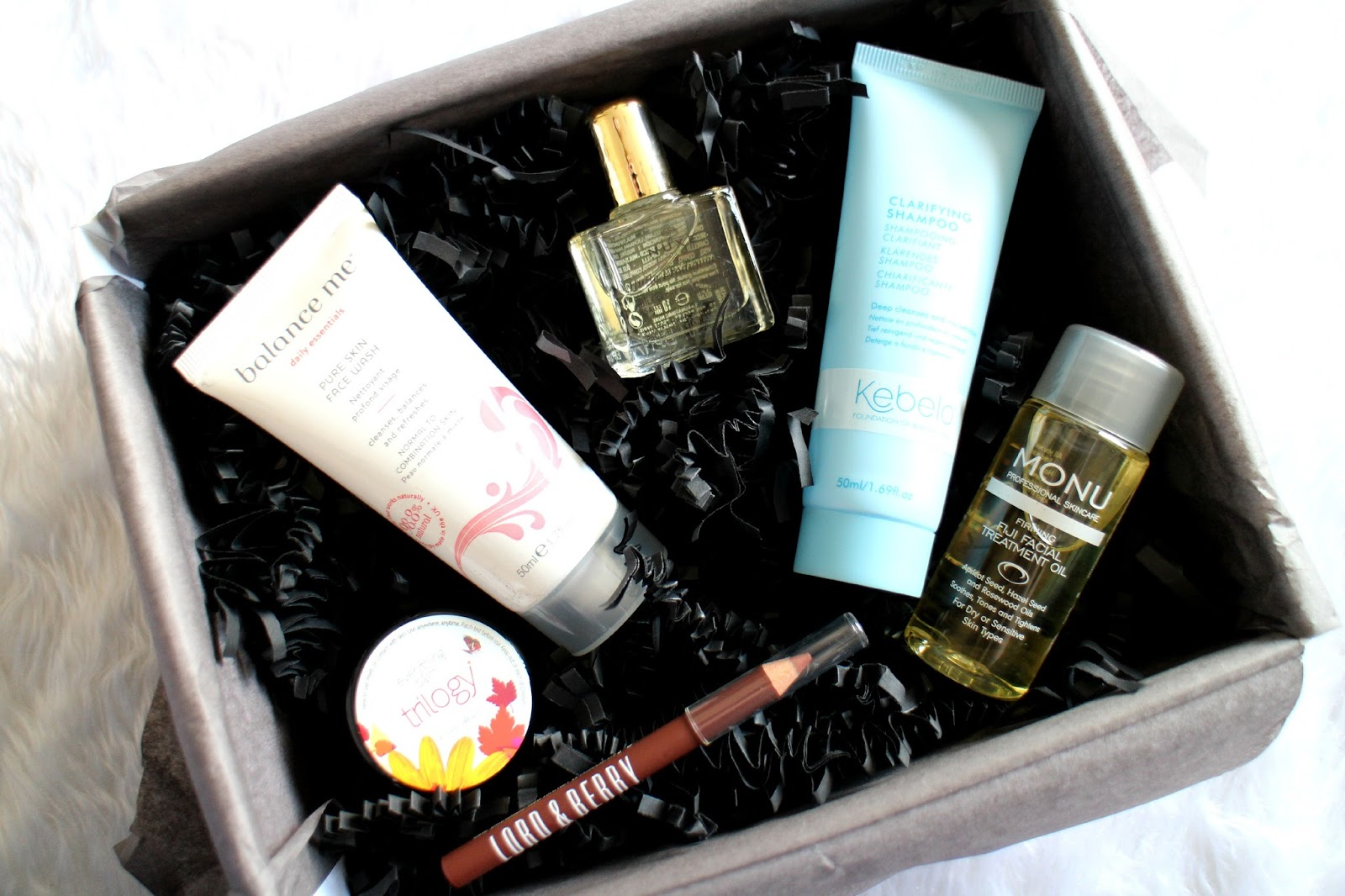 Look Fantastic Beauty Box Review 2015