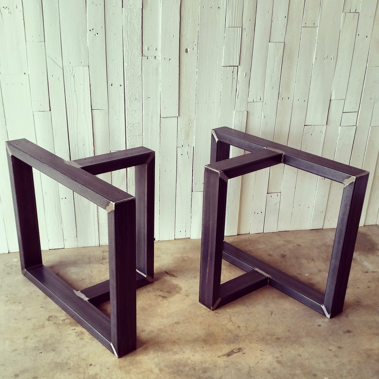 metal table legs and bases