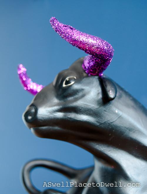 Glittered bull horns.