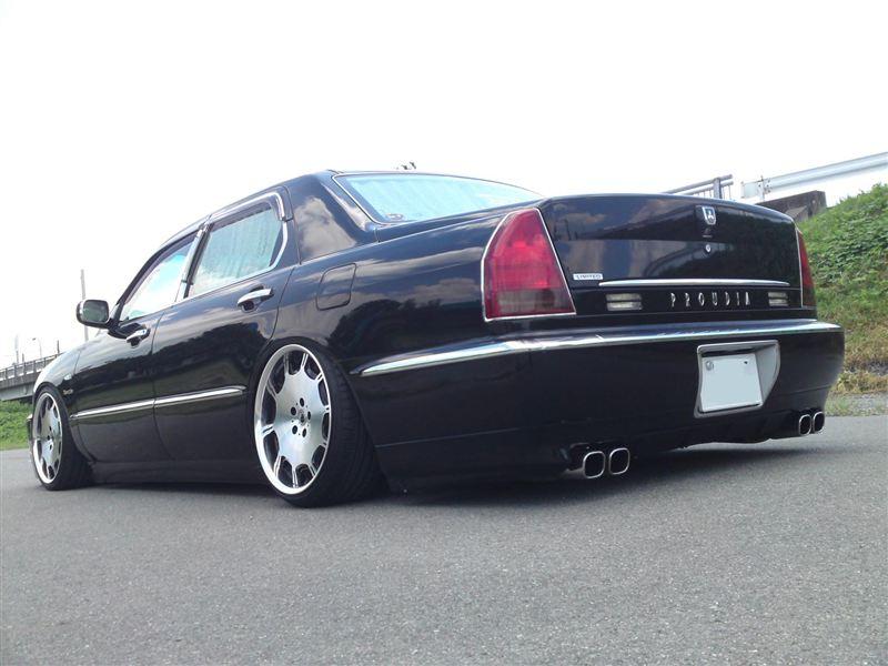 Mitsubishi Proudia, luksusowy sedan, japoński, silnik V8, galeria zdjęć