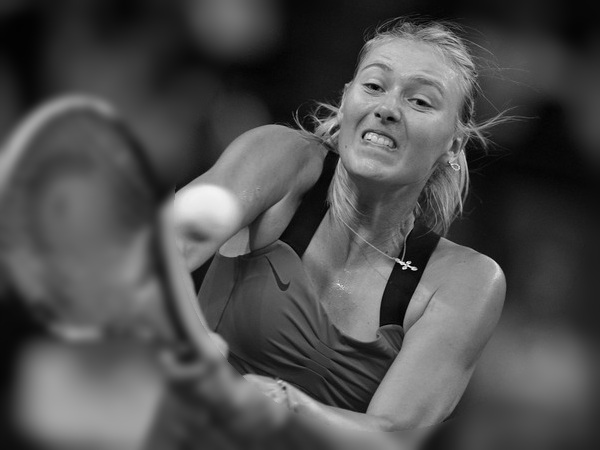 Watch Azarenka, Sarapova Match Highlights at Stuttgart 2012