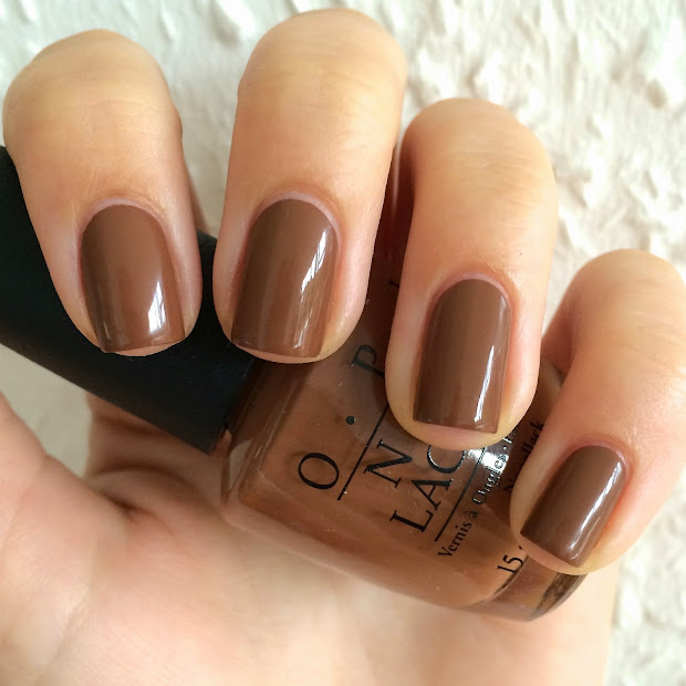 nails polished opi ice-bergers