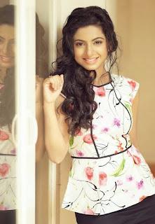Aishwarya Menon (7).jpg