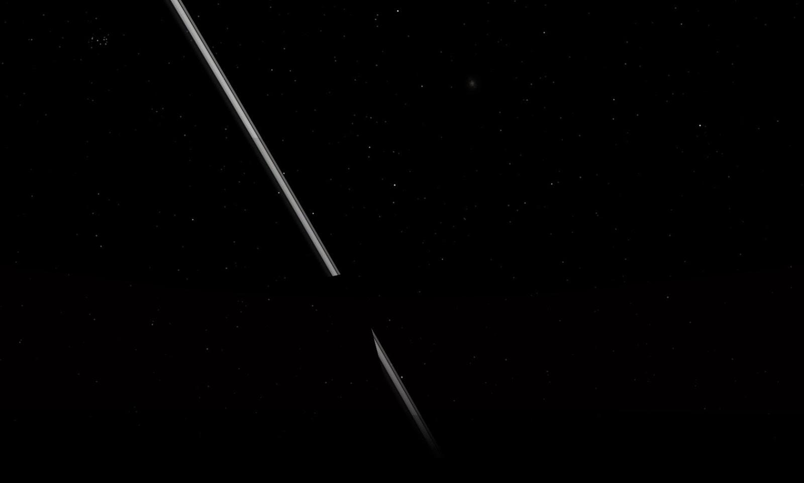 Phần bóng tối của Trái Đất che lên vành đai. Tác giả : John Brady ở Astronomy Central trên mạng xã hội Reddit.