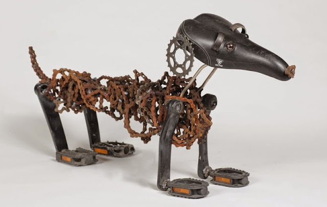 Amazing dog, cock, dragon sculptures out of waste recycled bicycle parts