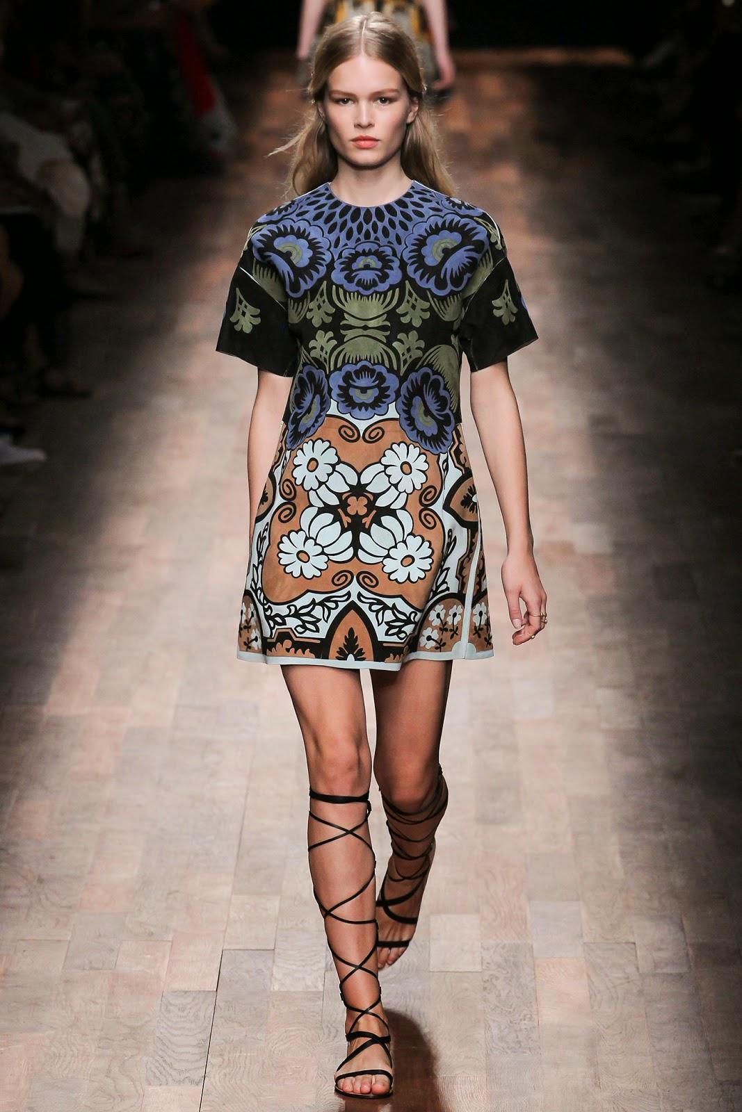 valentino 2015 summer 2016 trend women dress11 Valentino 2015 samling, våren sommaren 2016 Valentino klänning modeller, Valentino kväll klänning nya säsongen kvinnors kjolar modeller
