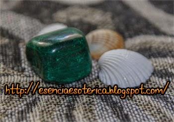 malaquita conchas esencia esoterica