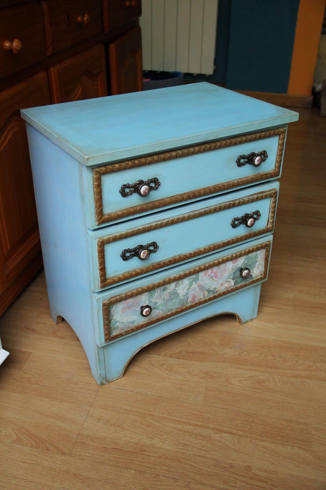 Lo que nos queda del d a restauraci n de un mueble for Que es un canape mueble