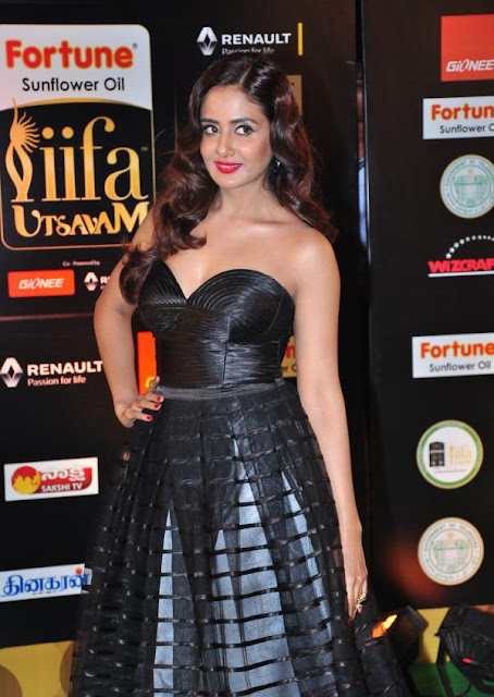 Parul Yadav Photos at IIFA Utsavam Awards 2016