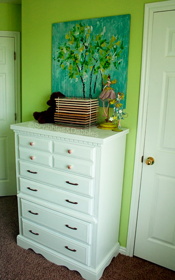 Scribbles&Dabbles: Bright Girls' Room Makeover -- dresser re-do