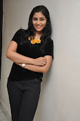 Kruthika at Vinavayya Ramayya press meet-thumbnail-9