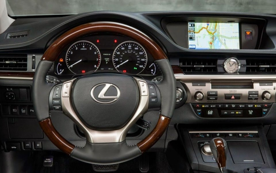 2014 Lexus ES Hybrid Wallpapers