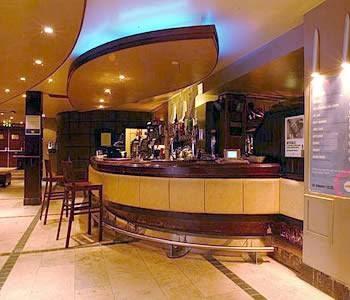 Saida mobiliario de un bar - Mobiliario de bares ...