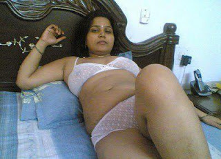 Hot Desi Aunty Videos