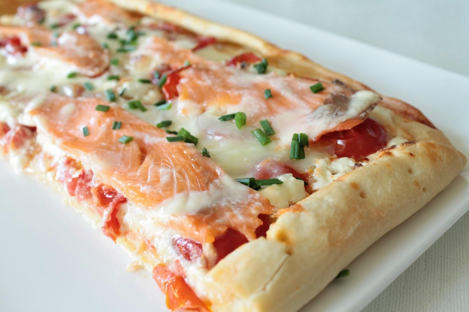 l 39 all e des desserts pizza au saumon fum. Black Bedroom Furniture Sets. Home Design Ideas