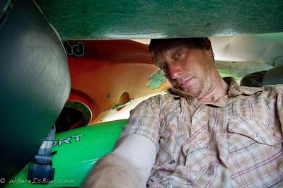 smashed into the mini van , chris baer, Junambu, colombia