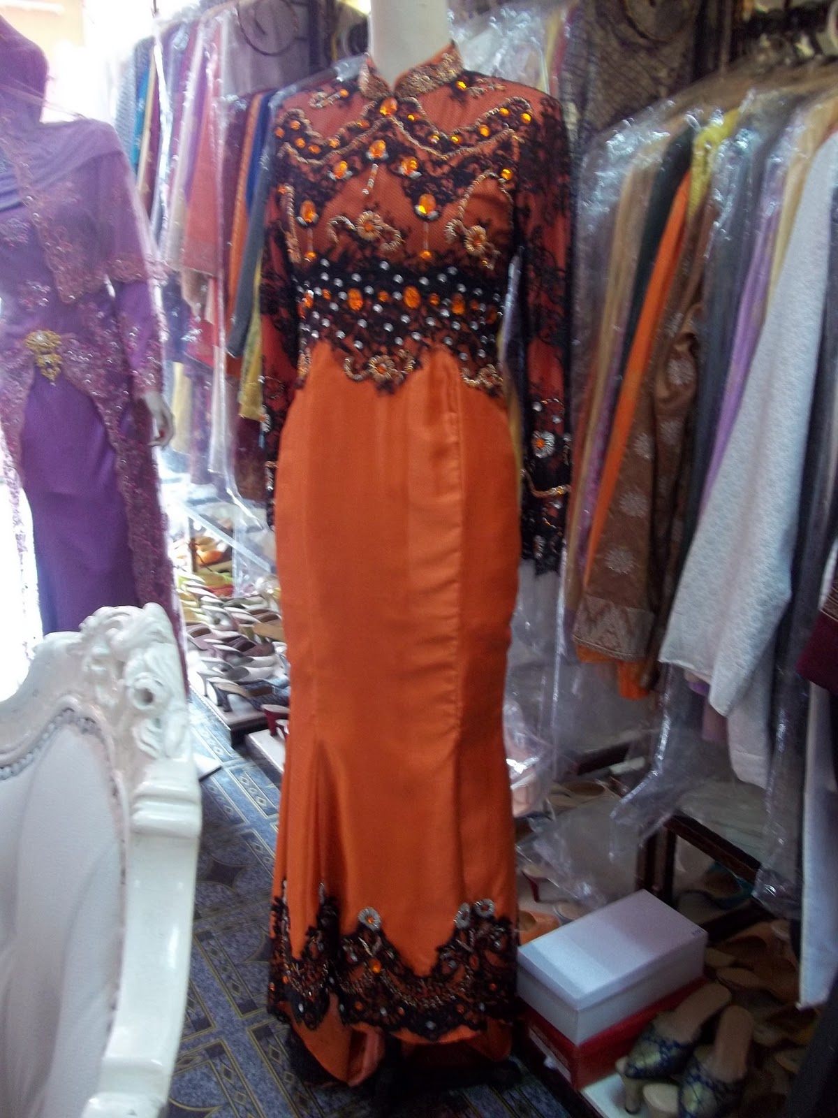 Baju pengantin muslimah bertudung zyda collection