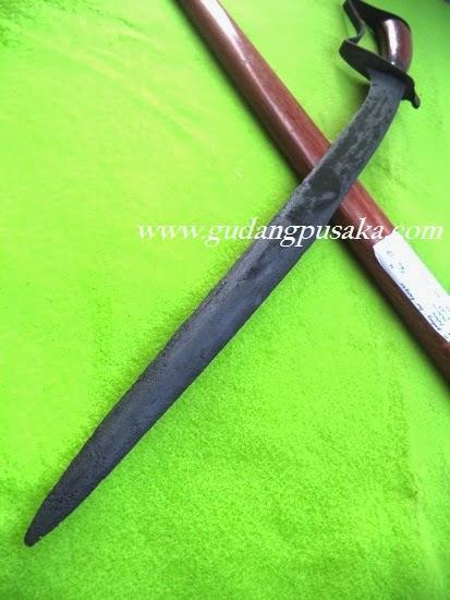 Pedang Lar Bangau Tajam