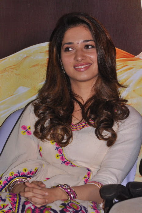 tamanna at yen endral kadhal enben movie press meet